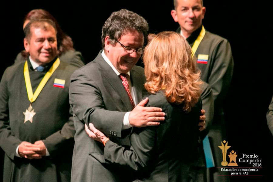 Aliados presentes en el Premio Compartir 2016