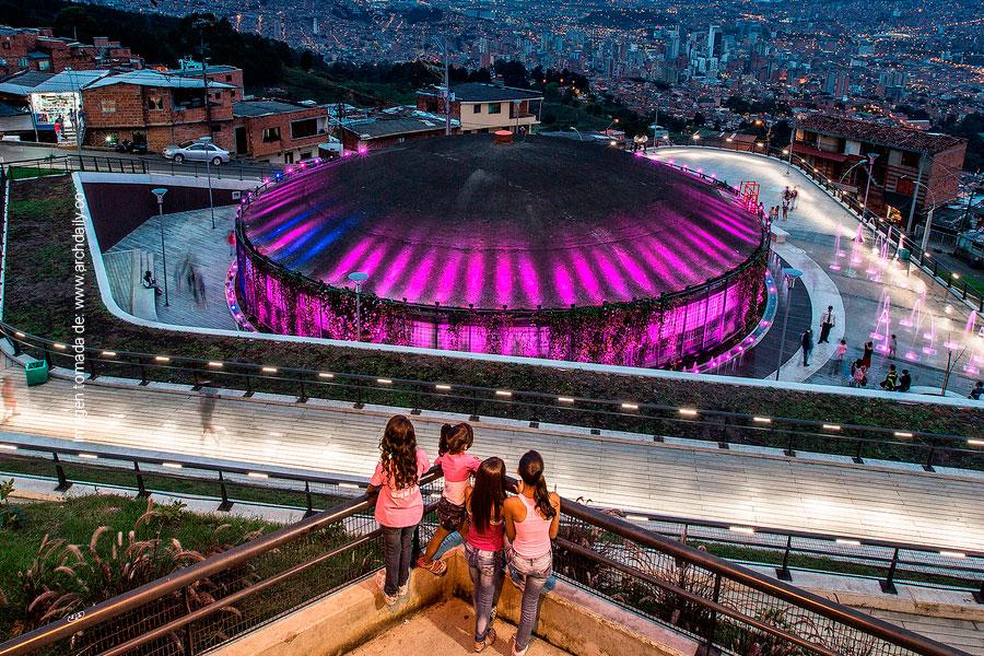 Colombia en la xv bienal de arquitectura de venecia for Estudios de arquitectura bogota