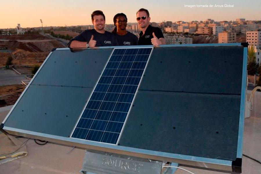 Source, el panel solar que produce agua en vez de energía