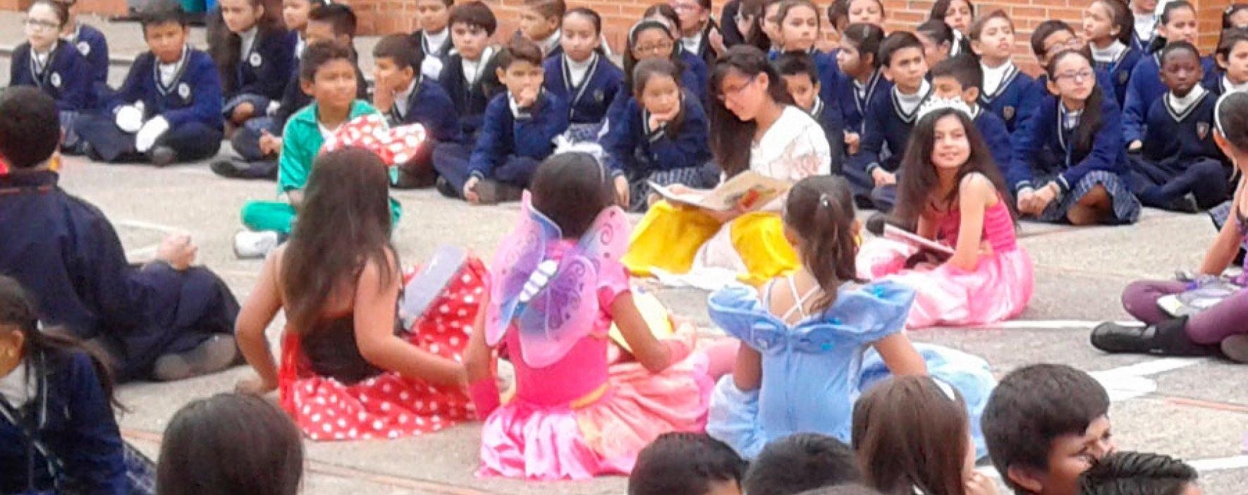 Colegio Compartir celebró el día del idioma