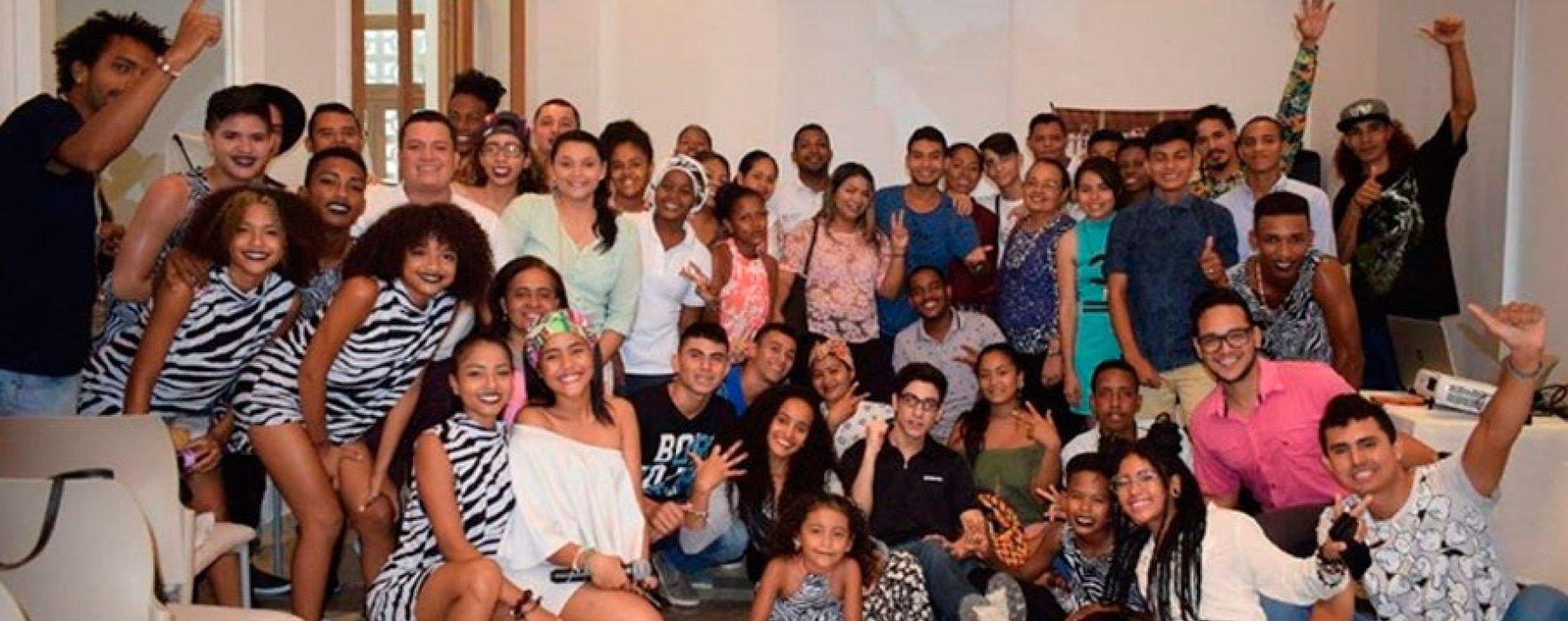 Jóvenes le apuestan a la paz en Cartagena