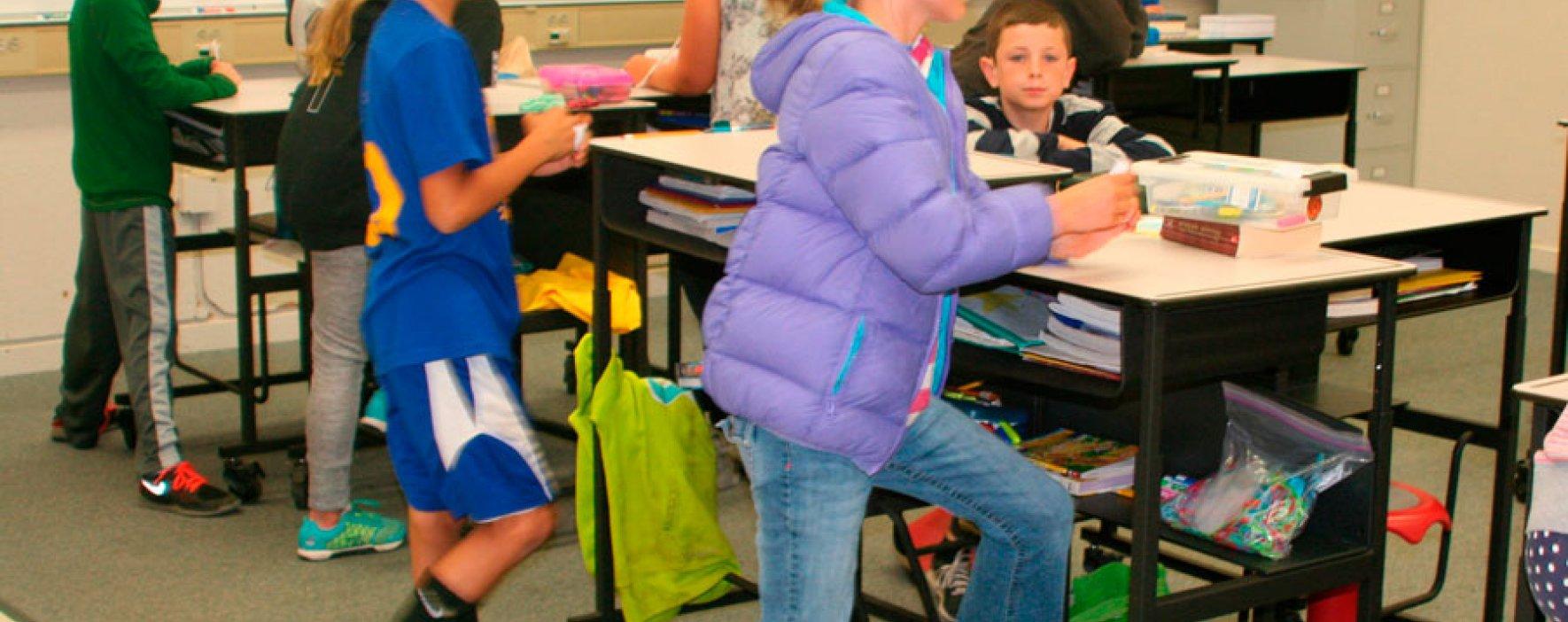 ¿Le gustaría que las escuelas tuvieran escritorios de pie?