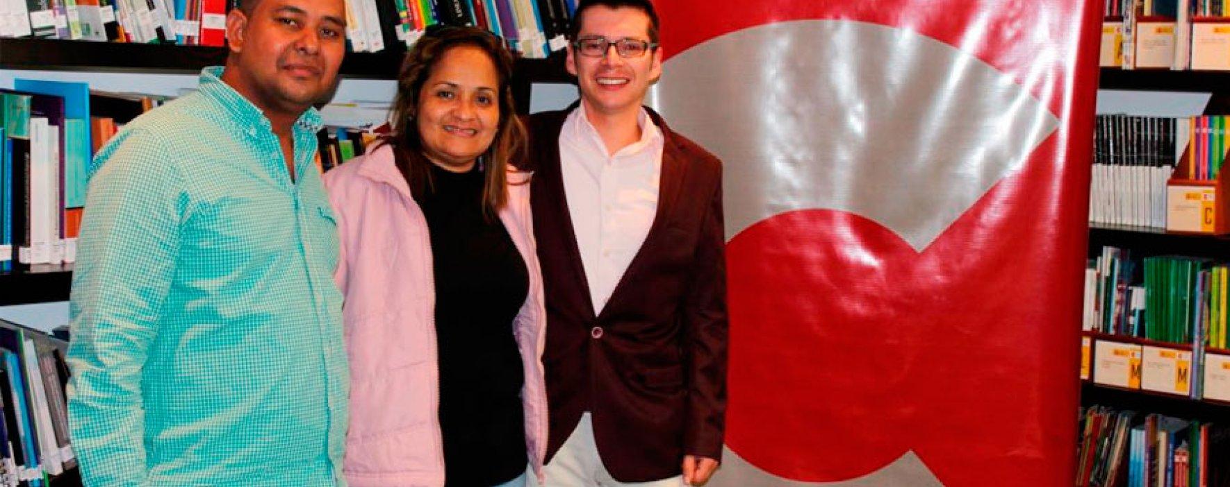 Maestros galardonados por el Premio Compartir recogen sus frutos fuera del país
