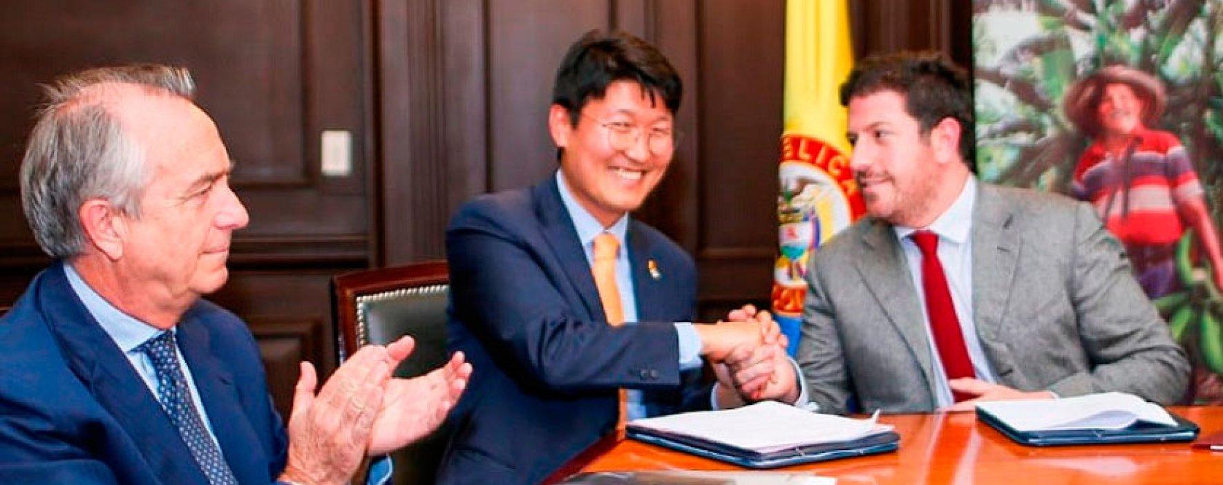 MinAgricultura firma acuerdo con KOICA para beneficiar a las mujeres rurales del país