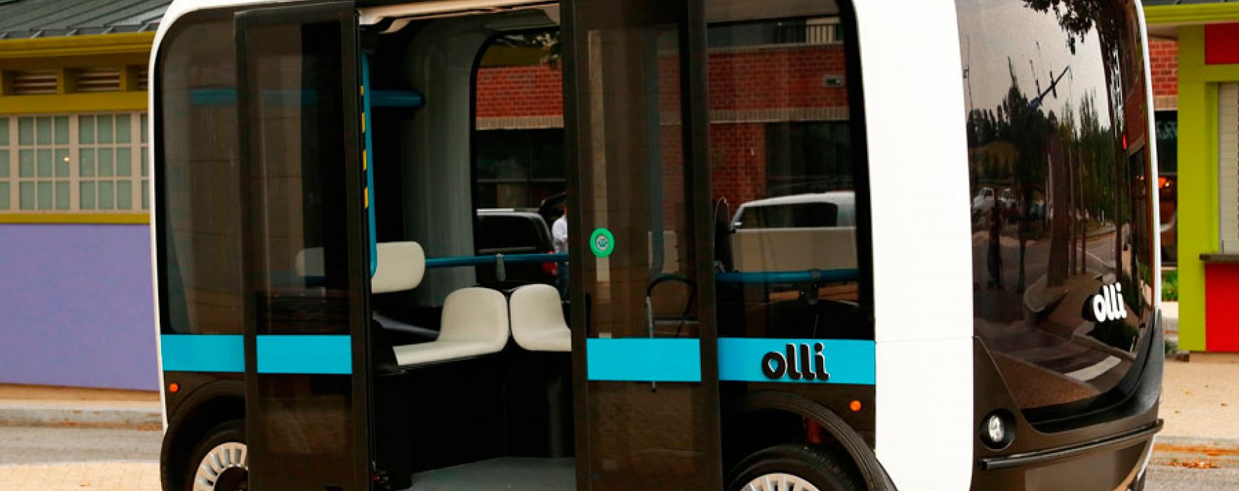 Minibús creado por colombiano será usado como transporte colectivo