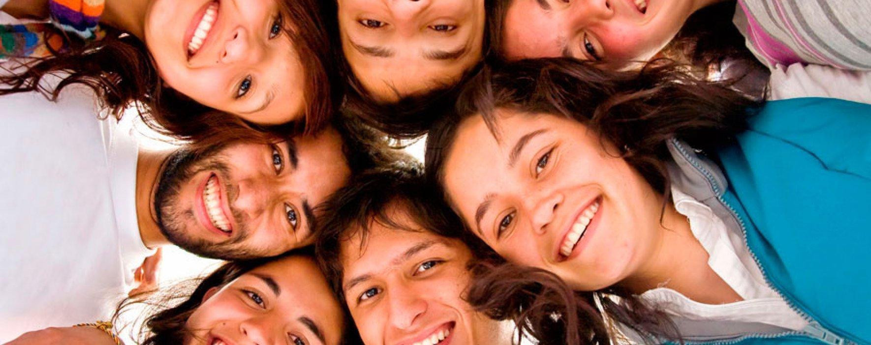 SiembrAT lleva a niños y jóvenes a la universidad