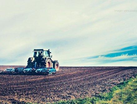 Con inversión de $8,7 billones se han beneficiado 203 mil productores agropecuarios