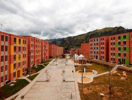 El área aprobada para construcción cayó 3,4% en Colombia