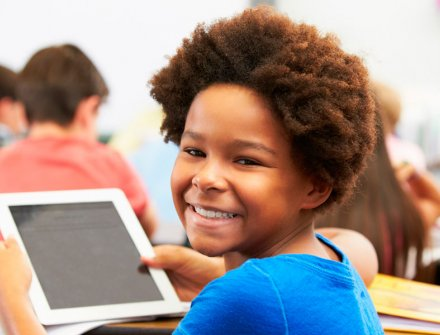 Líderes de TXE Cali aplican las TIC en colegios públicos