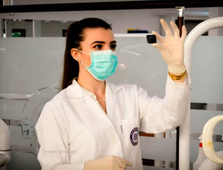MinSalud e ICETEX abren convocatoria de créditos condonables para especializaciones médicas