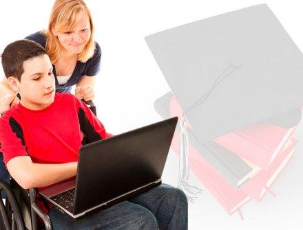 ONCE lanza becas y ayudas a universitarios con discapacidad