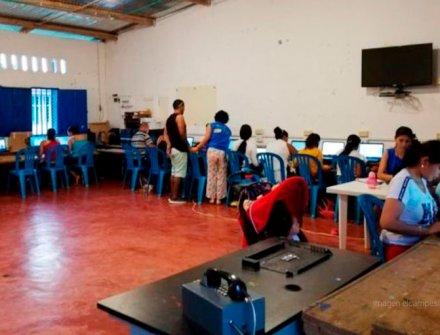 """""""Tengo ganas de aprender"""", dice la comunidad de La Chipa en Caquetá"""