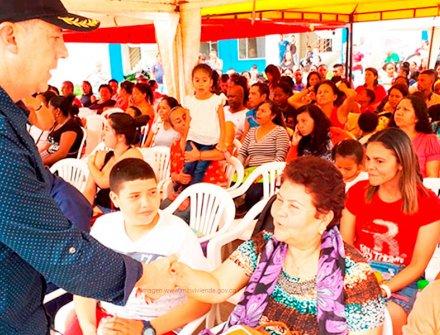 Trabajadores del campo e indígenas del Cauca son nuevos propietarios de casas gratis